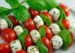 Tomate - Mozzarella Spießchen