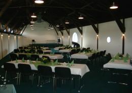 Festhalle am Jugendschiff